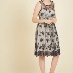 Modcloth Cherished Charm Embroidered Lace Dress S